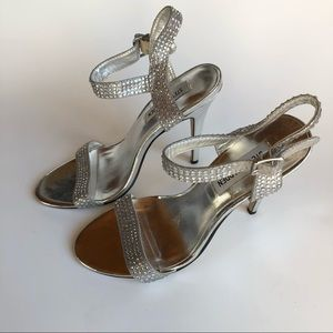 """Steve Madden DISCO Crystal Studded Sandal 4.5""""heel"""